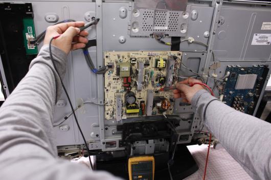 Cand vine vorba de a va repara televizorul, atunci trebuie sa luati in considerare o agentie profesionala de reparatii TV